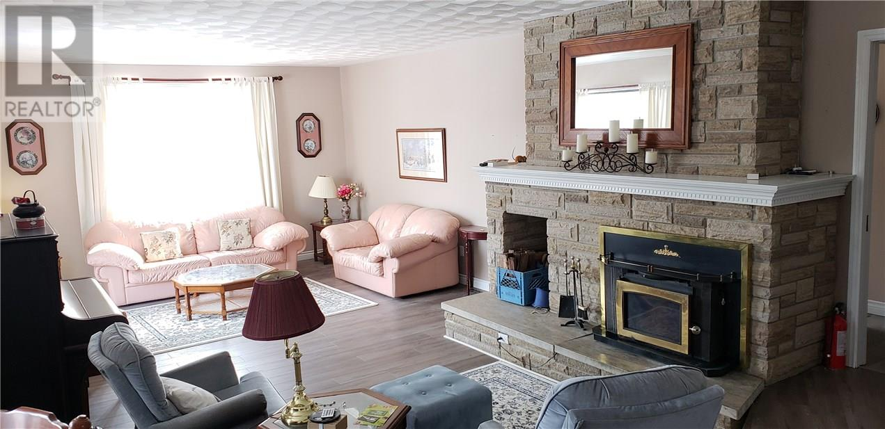living room at 42815 Beck Line, St Thomas