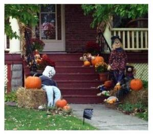 Halloween house, fall, St Thomas, Ontario, pumpkins and scarecrows