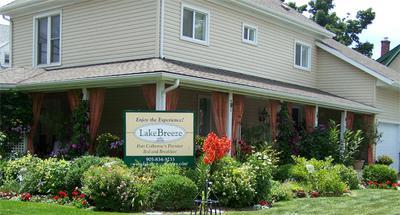 Lakebreeze Niagara Studio Suites