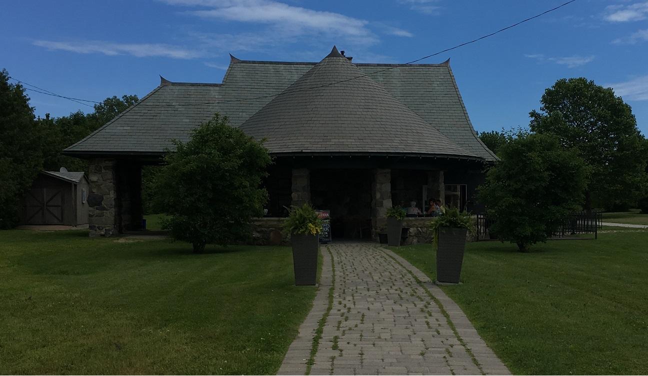 Mettawas Station Restaurant, Kingsville, Ontario