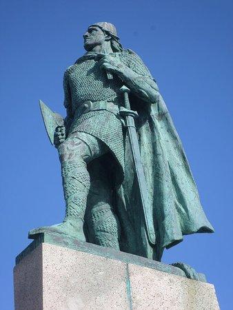 Statue of Leif Eriksson, Reykjavik
